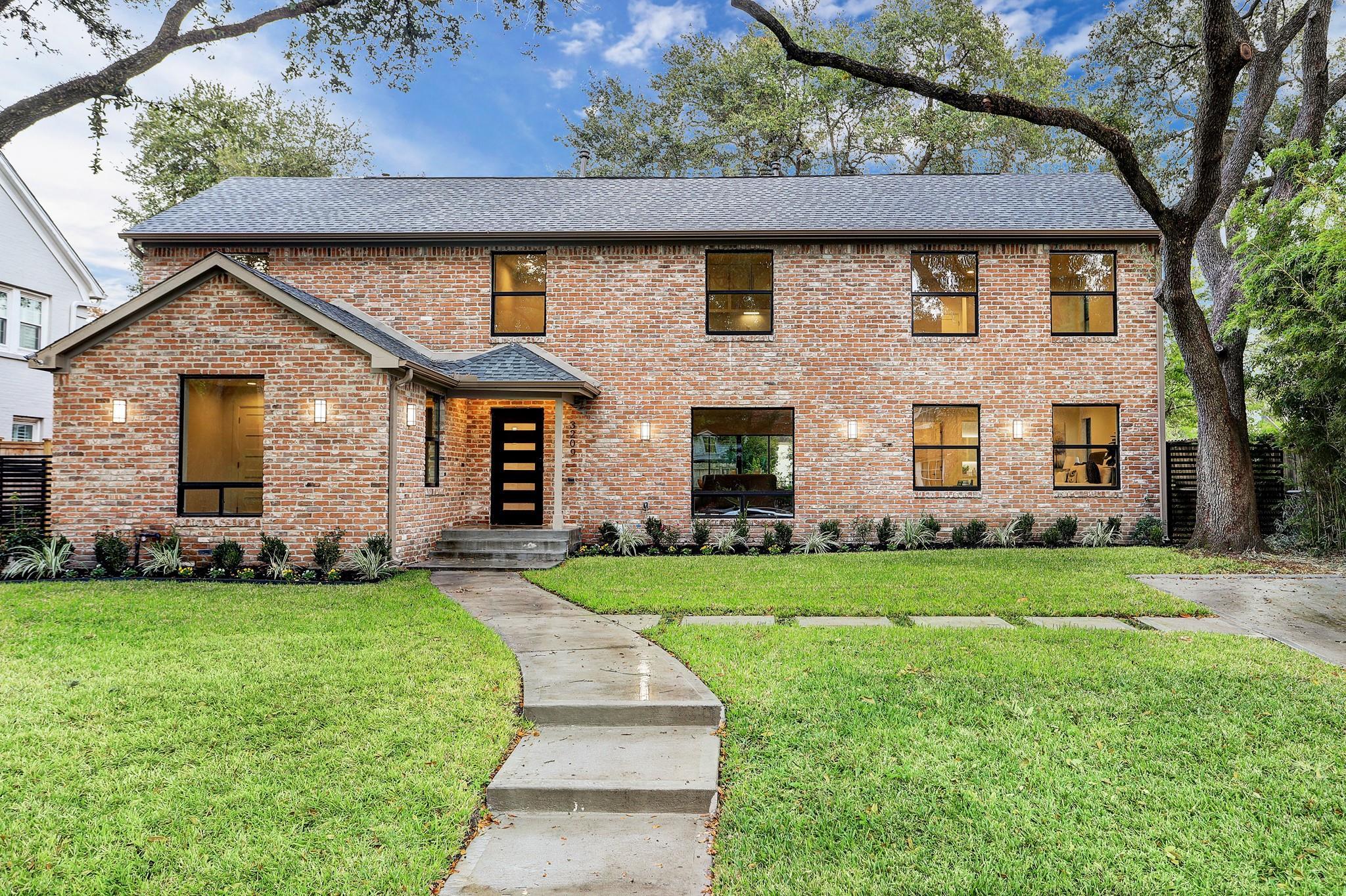 3209 Shenandoah Street Property Photo - Houston, TX real estate listing
