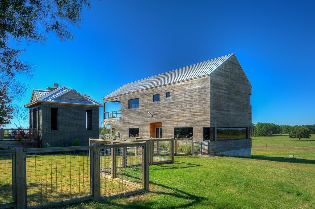 127 Roberts Spur RD Property Photo - Huntsville, TX real estate listing