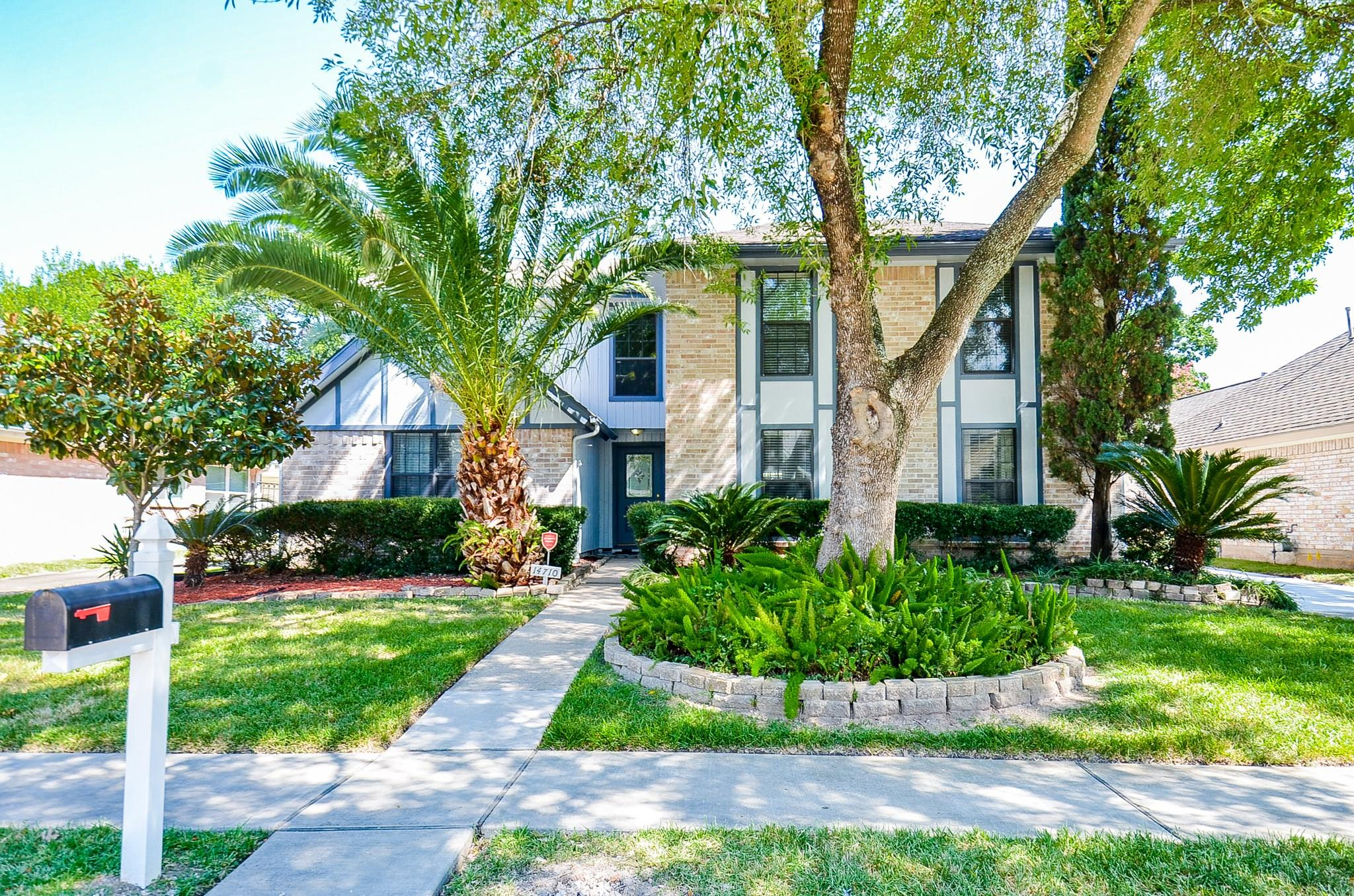 14710 Earlswood Drive Property Photo - Houston, TX real estate listing