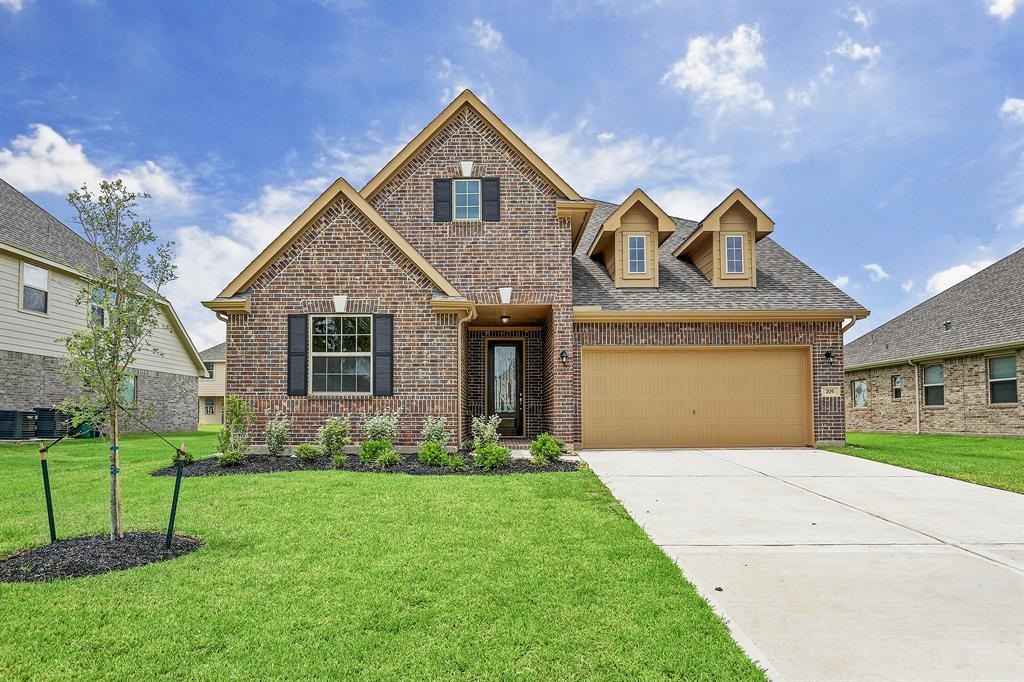 705 Shadow Bend Property Photo - Richwood, TX real estate listing