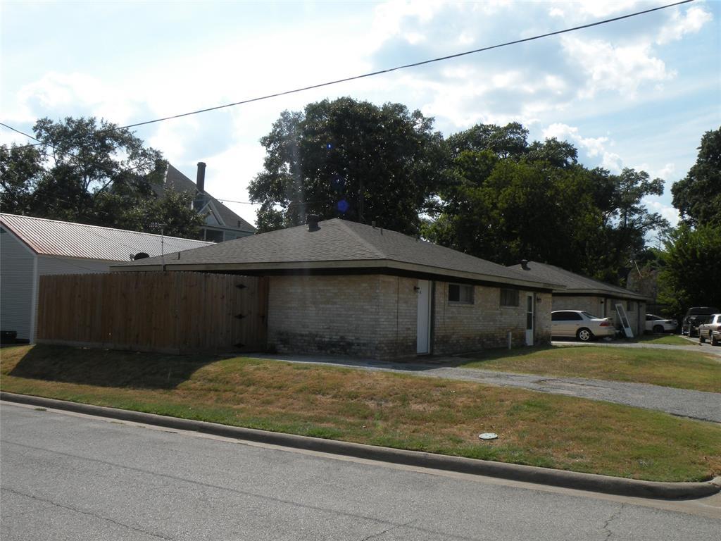 228 S HARRIS ST Property Photo
