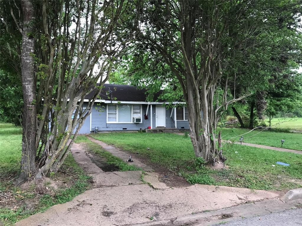 109 Clark Street Property Photo - Prairie View, TX real estate listing