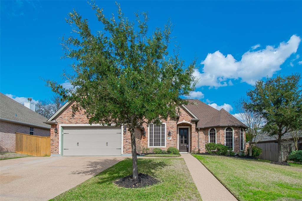 3202 Woodcrest Drive, Bryan, TX 77802 - Bryan, TX real estate listing