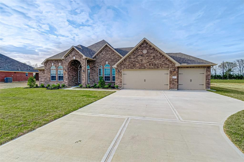 14923 Icet Creek Avenue, Mont Belvieu, TX 77523 - Mont Belvieu, TX real estate listing