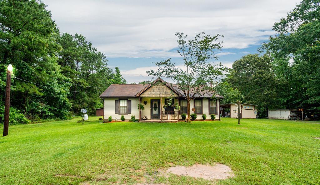 313 Cotten Lane Property Photo - Zavalla, TX real estate listing
