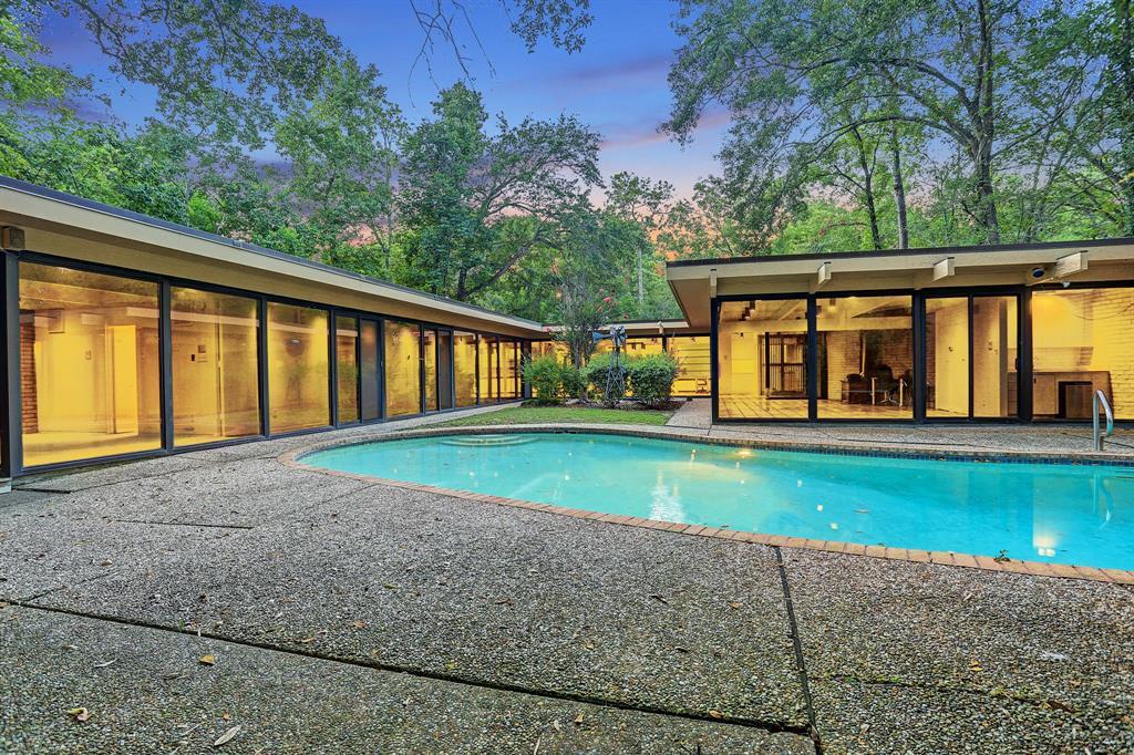 403 Hunters Park Lane Property Photo - Hunters Creek Village, TX real estate listing