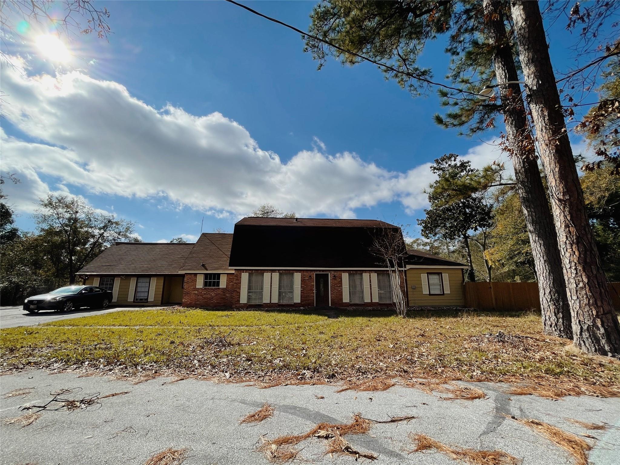 17815 Red Oak Drive Property Photo