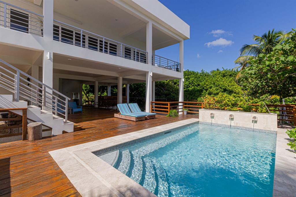000 Barrier Reef Property Photo - San Pedro, real estate listing