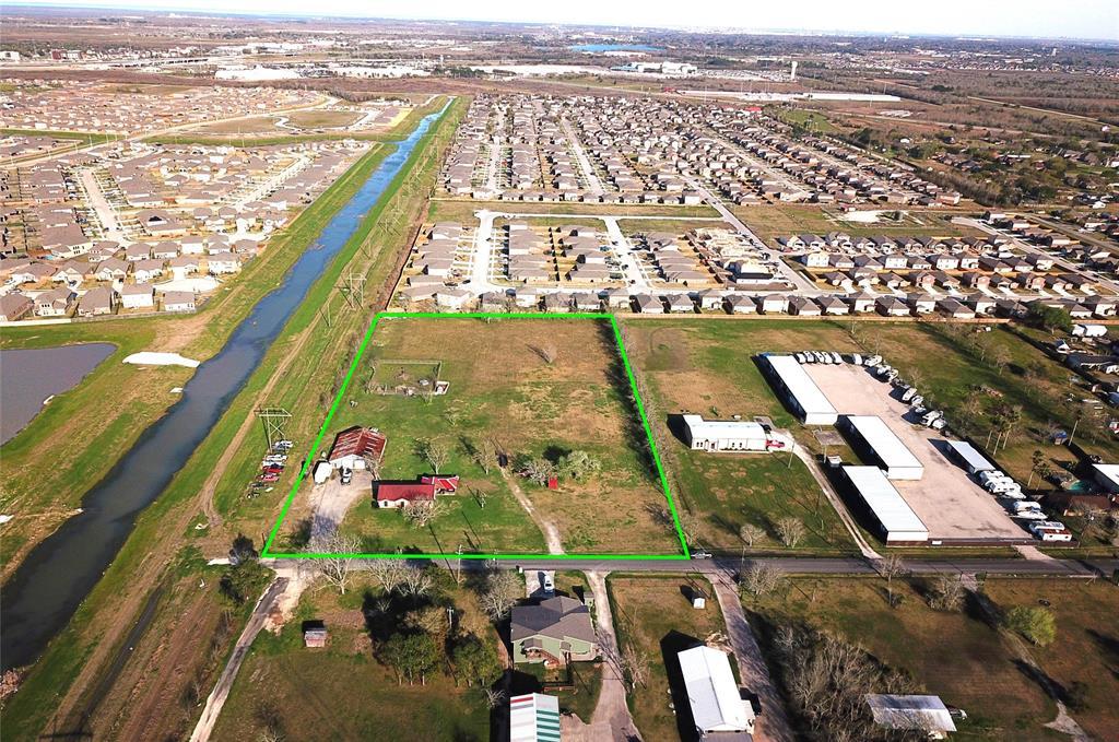 3205 Avenue A Property Photo - Santa Fe, TX real estate listing