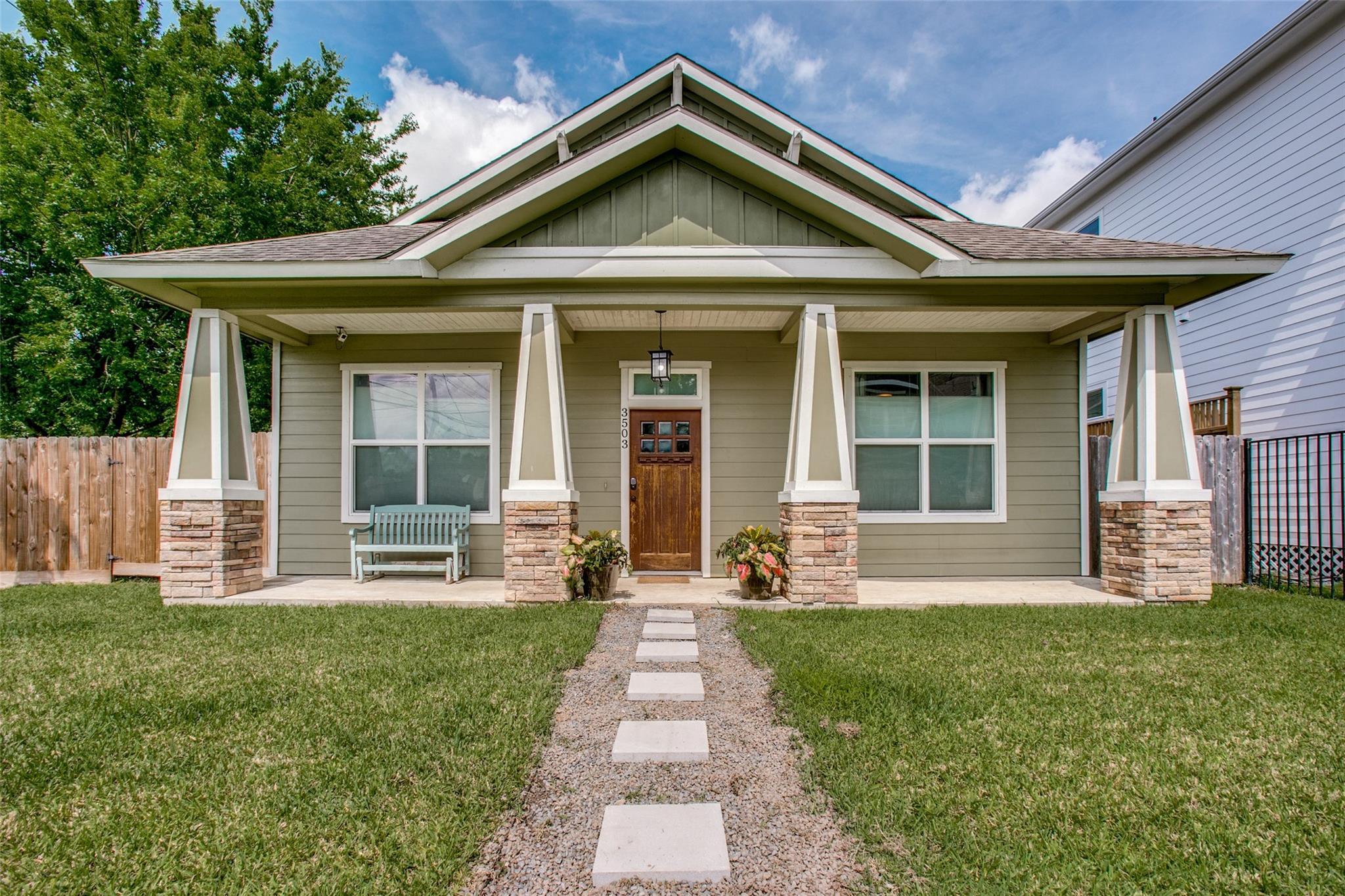 3503 Castor Street Property Photo