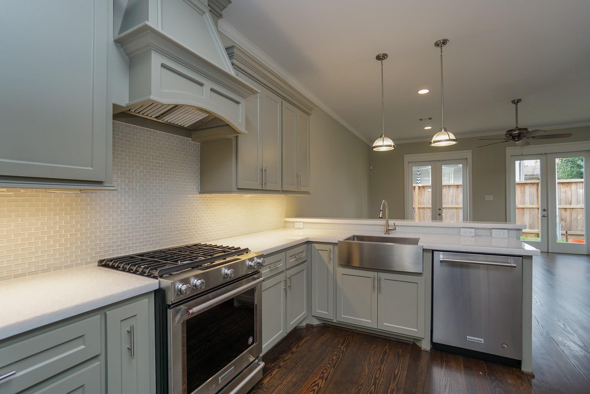 819 Algregg Street Property Photo