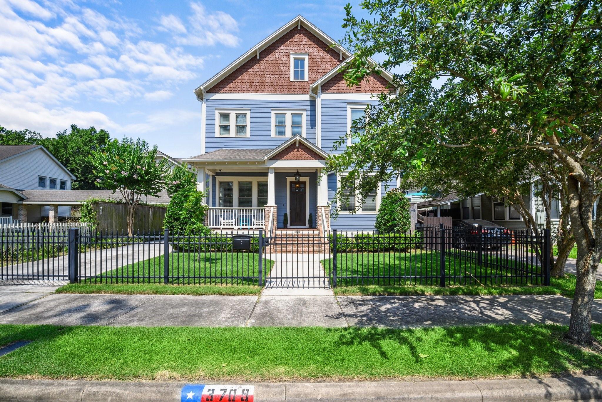 3709 Bradley Street Property Photo 1