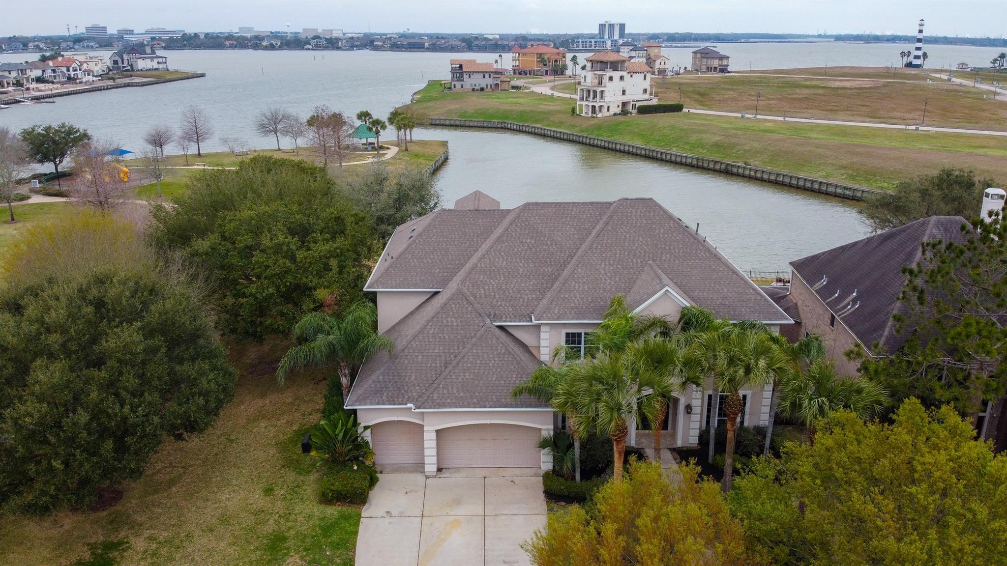 2378 Sabal Park Lane Property Photo - League City, TX real estate listing