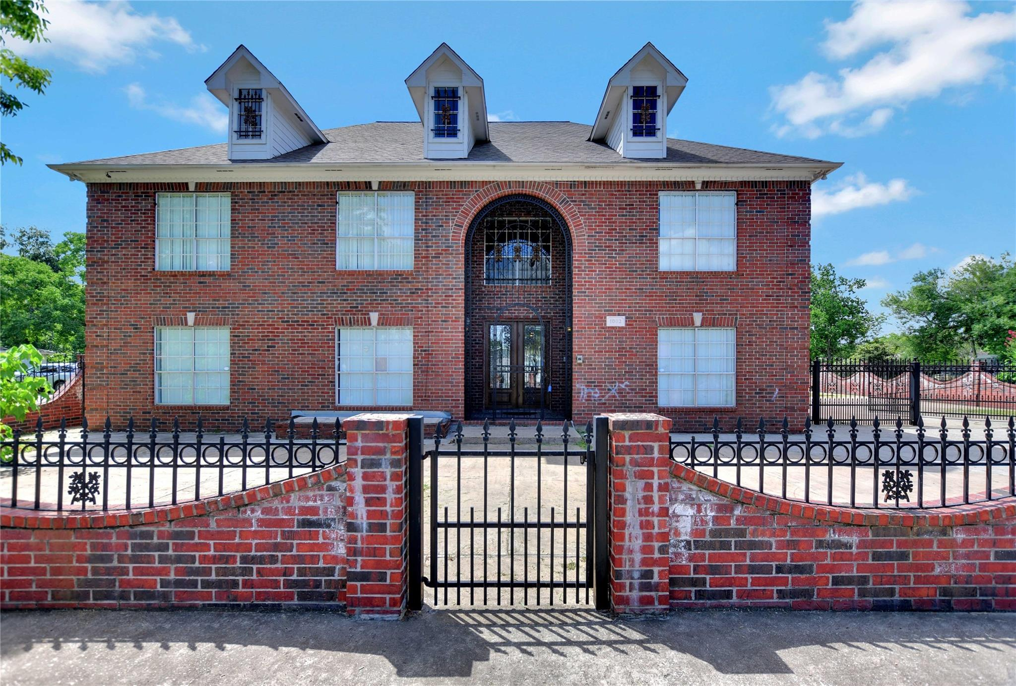 1002 Mississippi Street Property Photo - South Houston, TX real estate listing