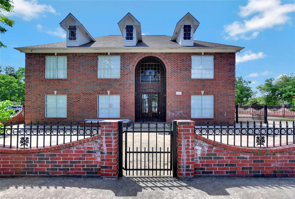 77587 Real Estate Listings Main Image