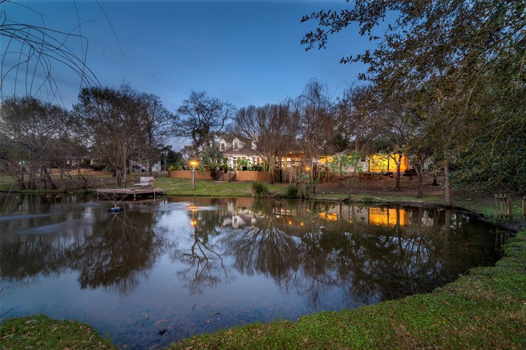 2037 Lakeside Drive Property Photo - Seabrook, TX real estate listing