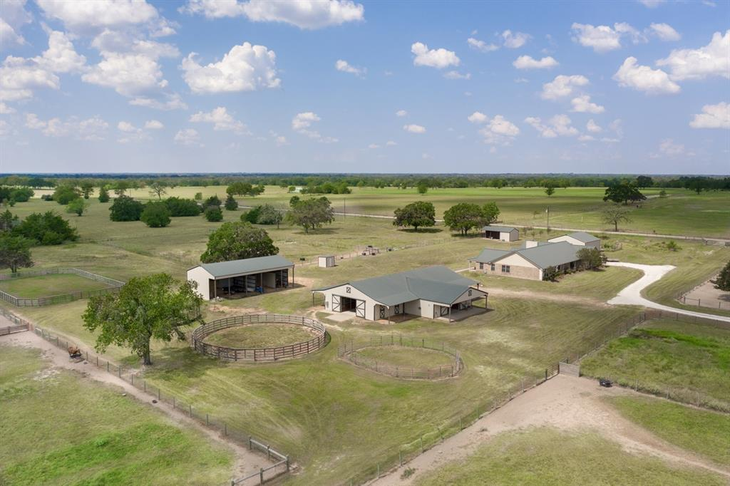 4108 Fm 1452 E Property Photo - Madisonville, TX real estate listing