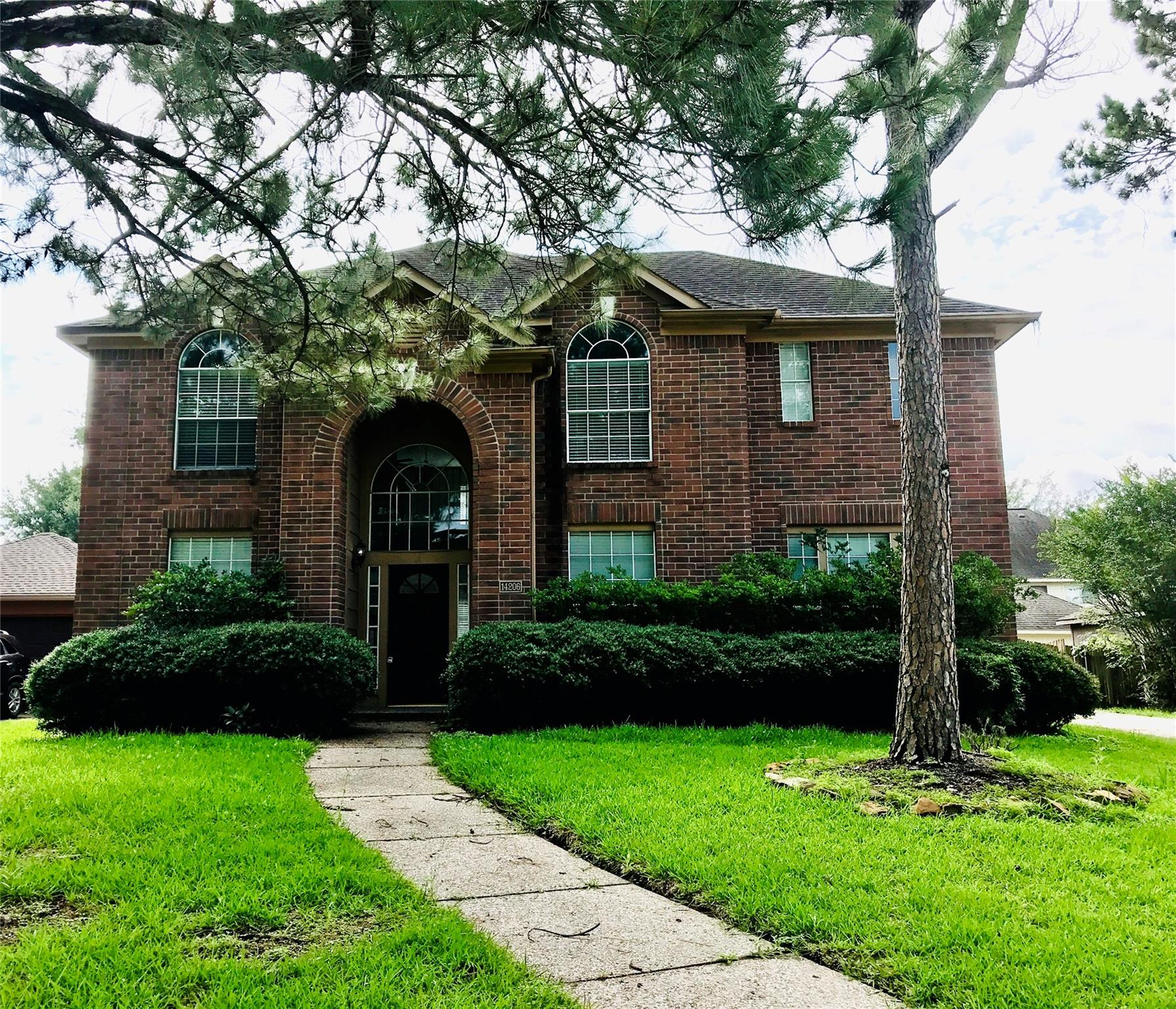 14206 Pheasant Hill Drive Property Photo