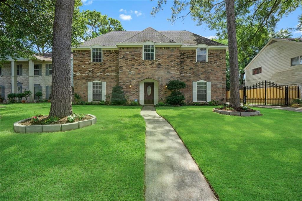 9626 Lark Meadow Drive Property Photo - Houston, TX real estate listing