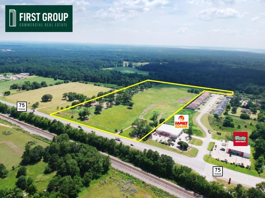 12261 N Highway 75 Property Photo - Willis, TX real estate listing