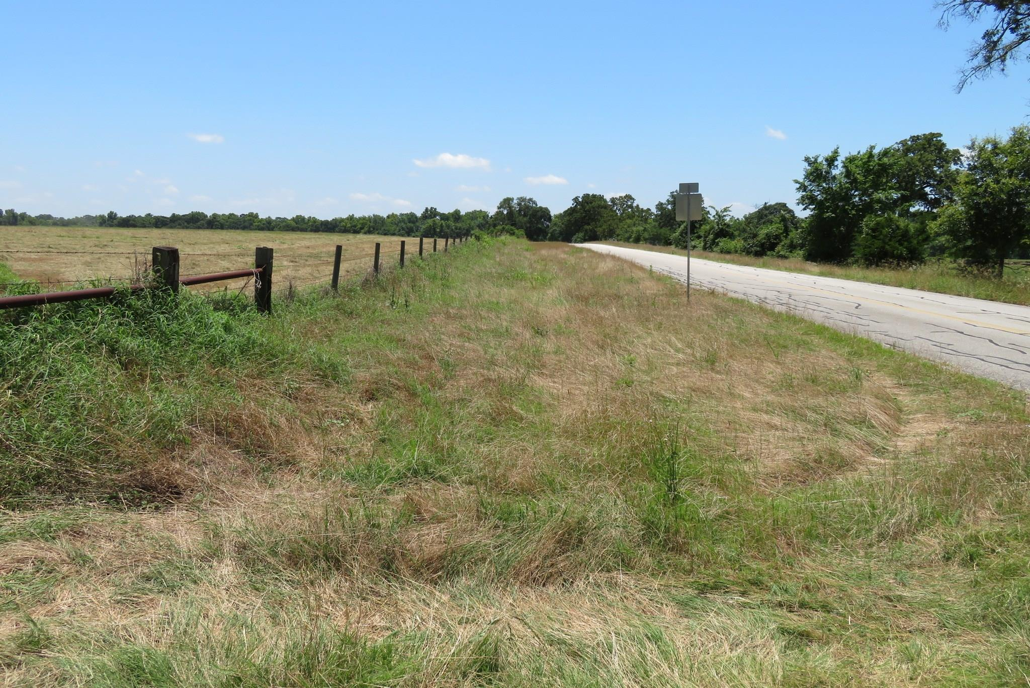 22054 Sorsby Road Property Photo