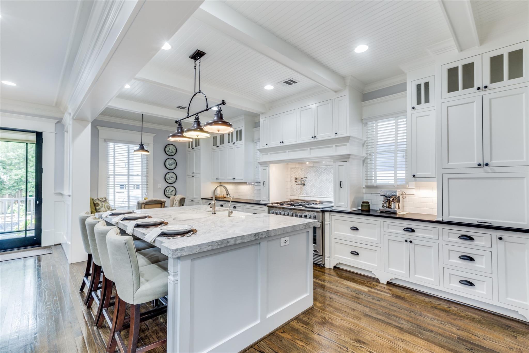 713 E 13th Street Property Photo - Houston, TX real estate listing