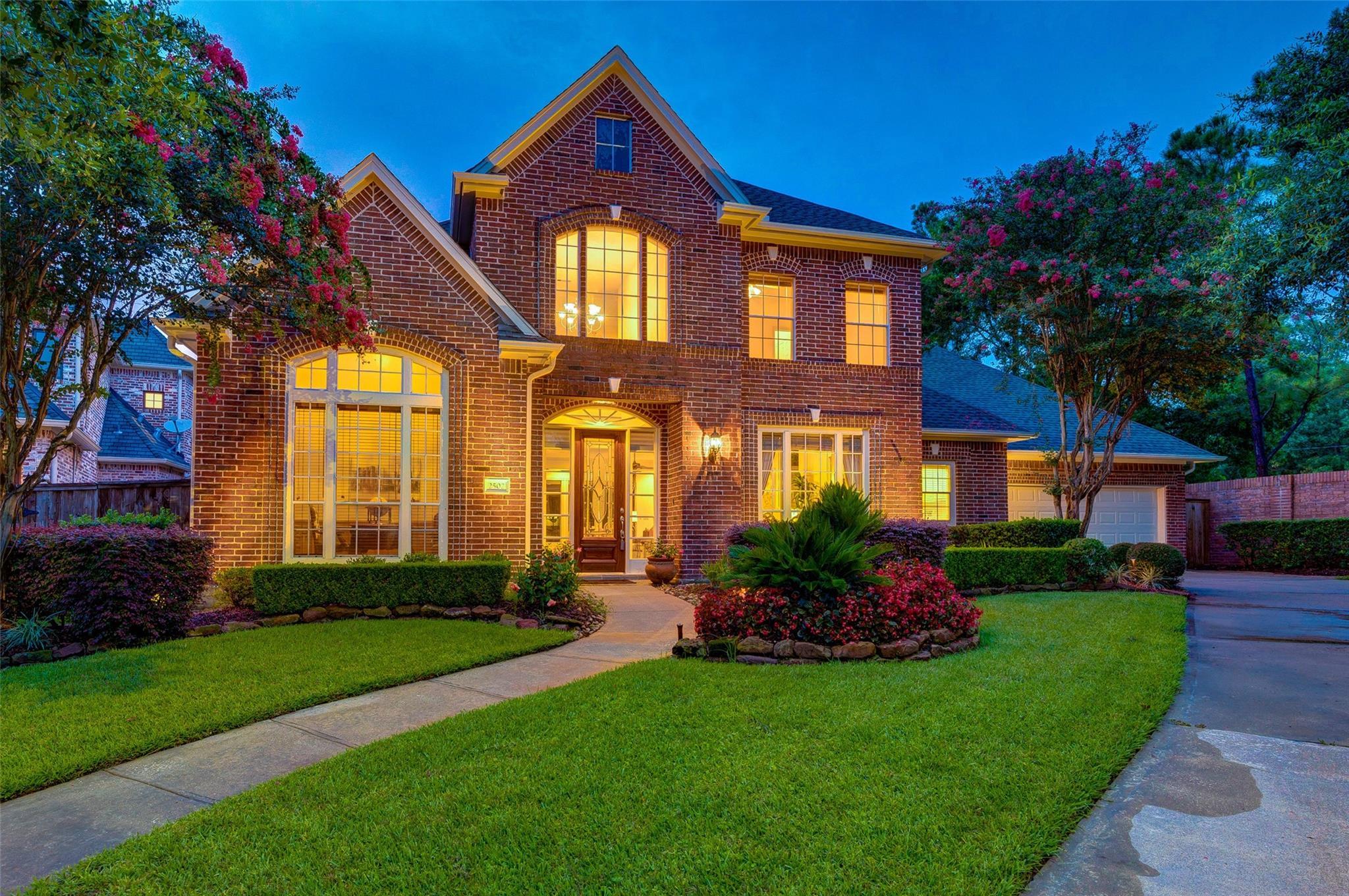 2502 Coastal Oak Drive Property Photo