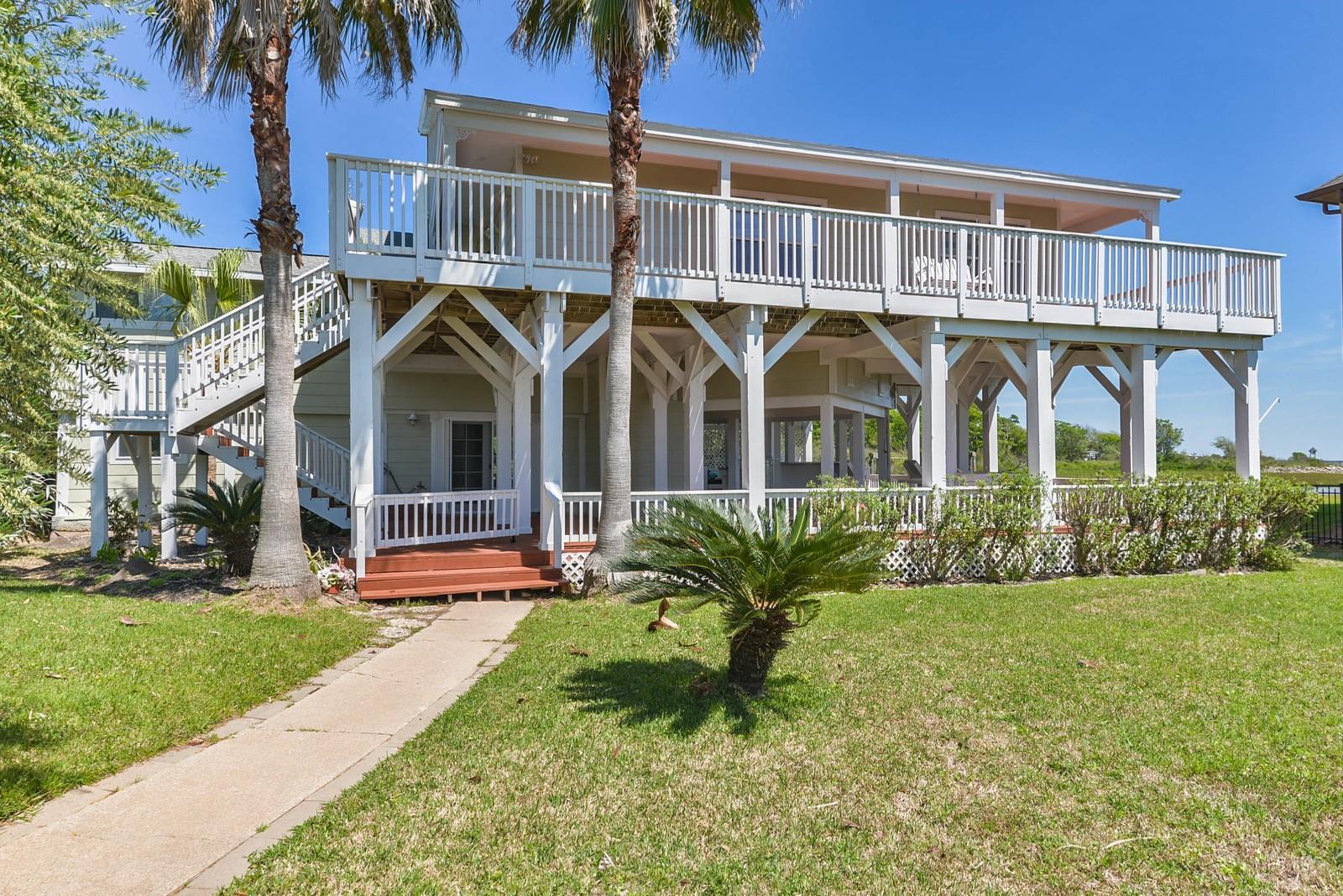 510 Surf Oaks Drive Property Photo