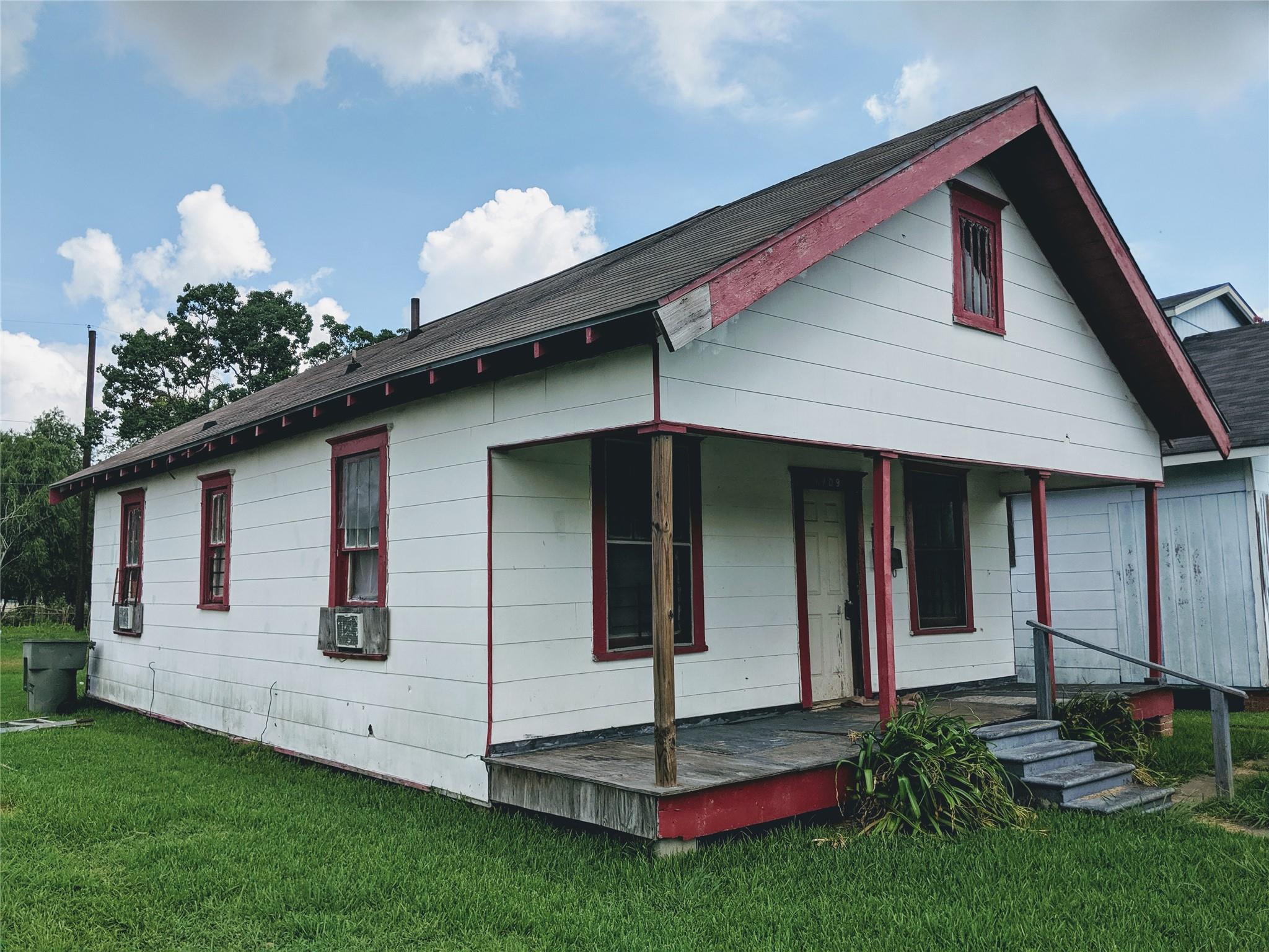 1709 Rev Dr Ransom Howard Street Property Photo