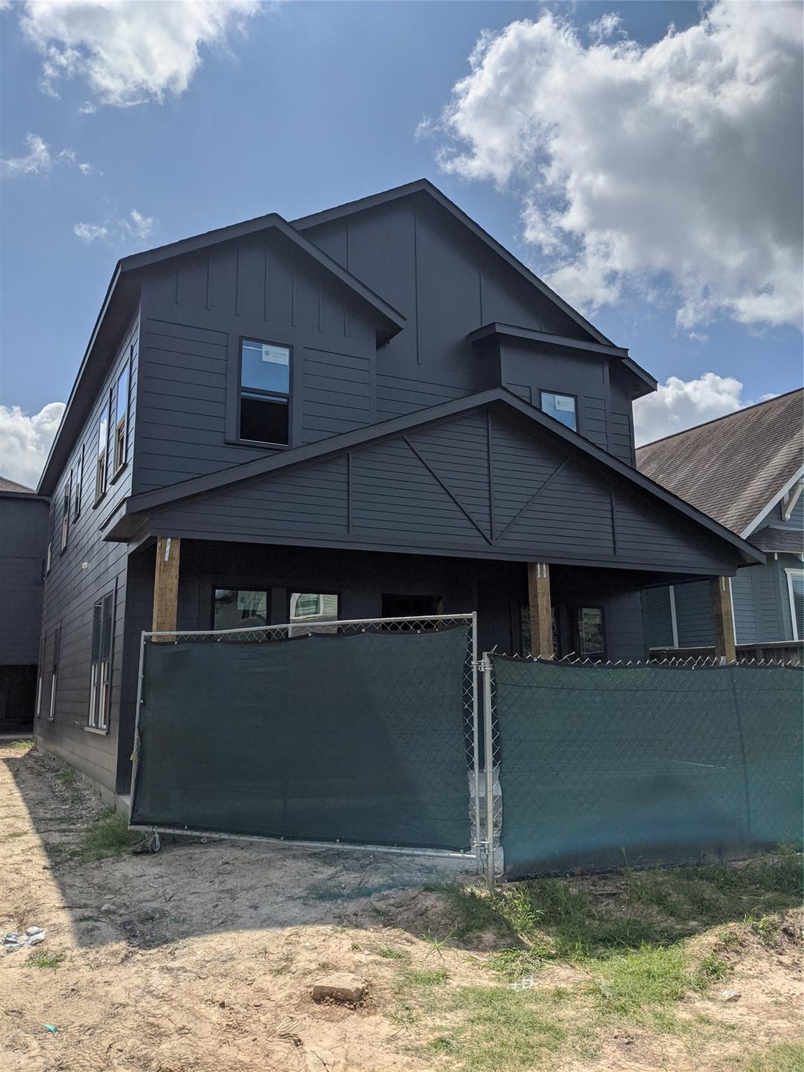 502 Cordell Street #b Property Photo 1