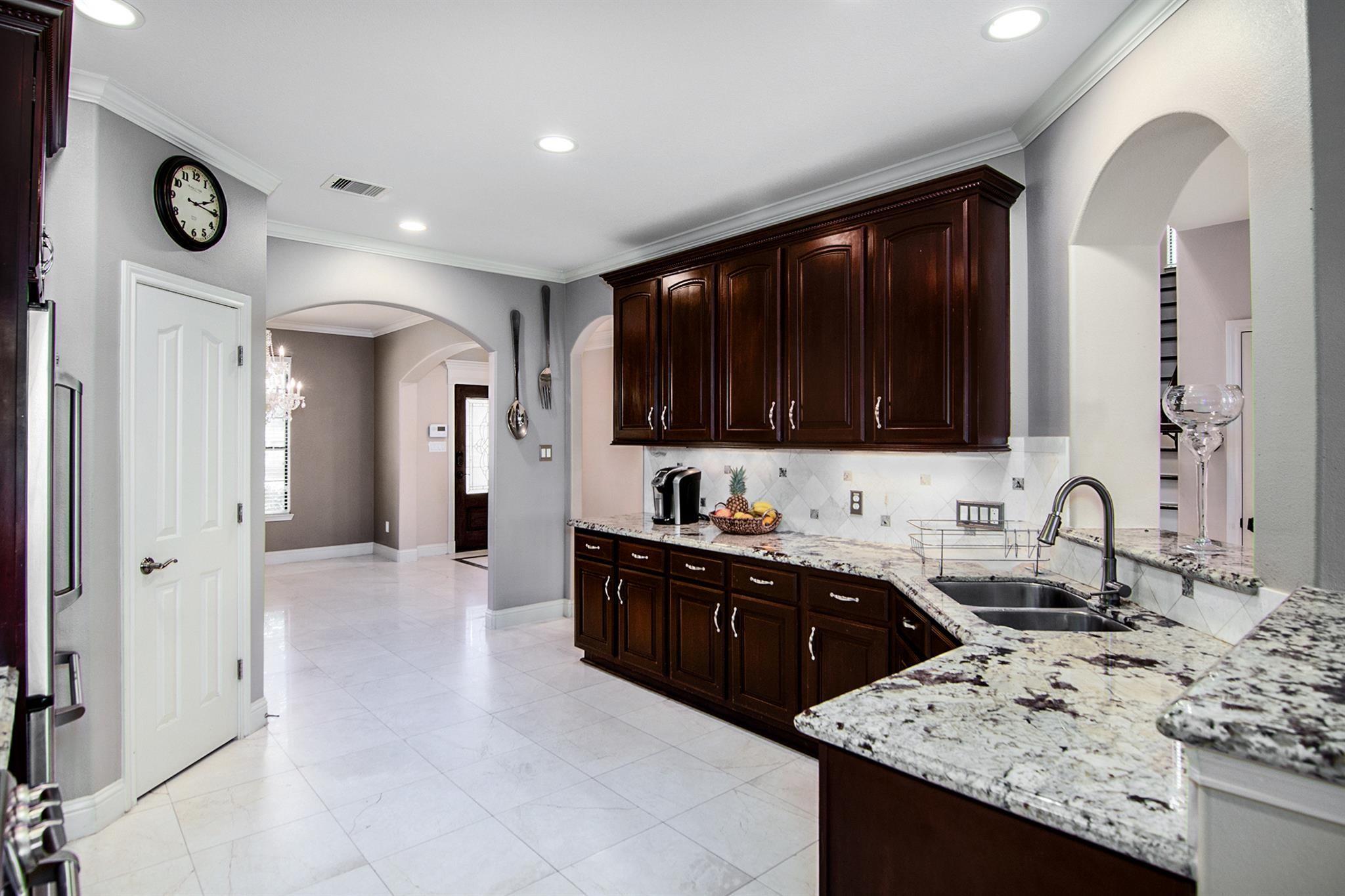 9531 Almeda Bend Court Property Photo - Houston, TX real estate listing