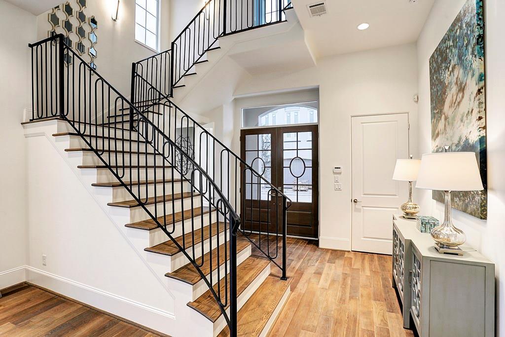 11125 Savannah Woods Lane Property Photo - Houston, TX real estate listing