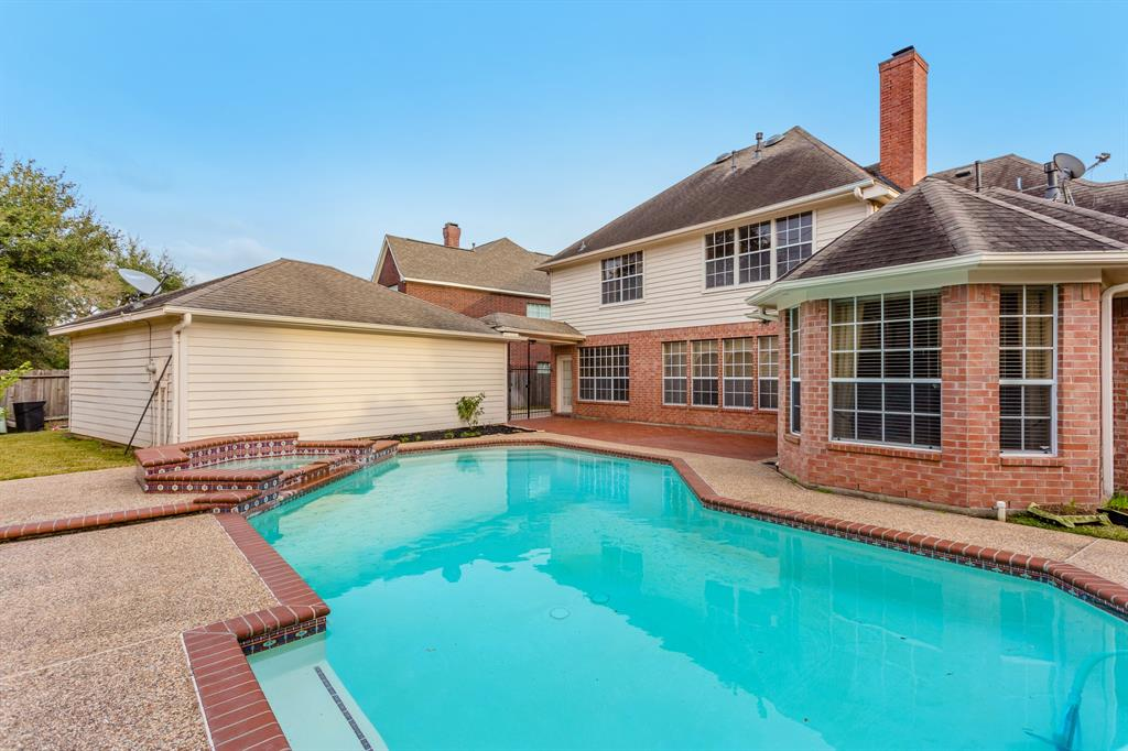 Briarwood Real Estate Listings Main Image