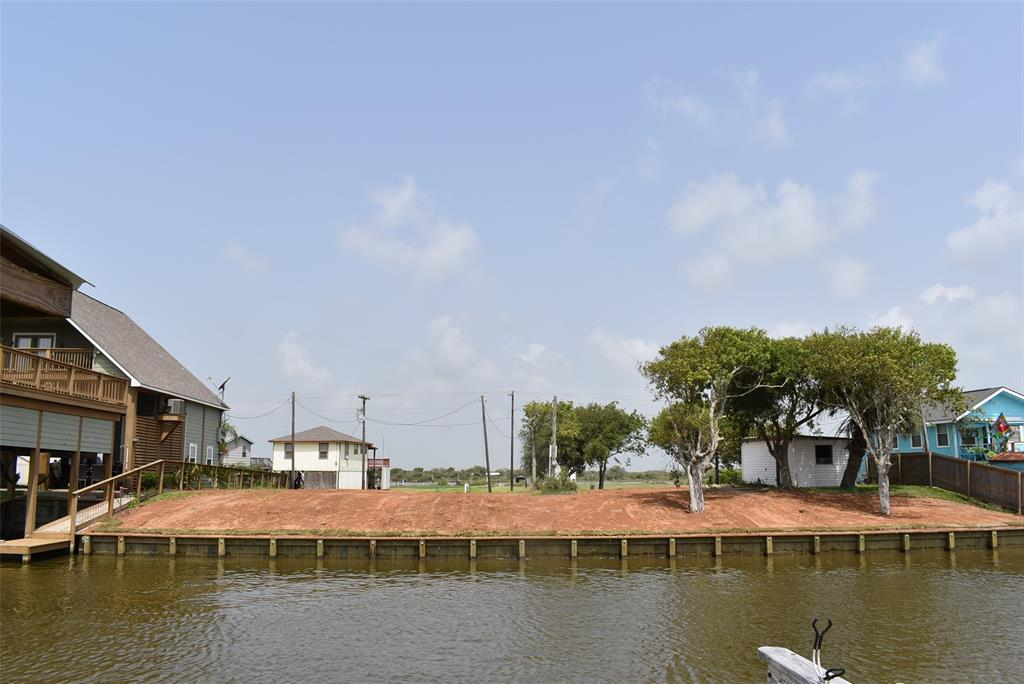 1111 & 1112 CR 201 Property Photo - Sargent, TX real estate listing