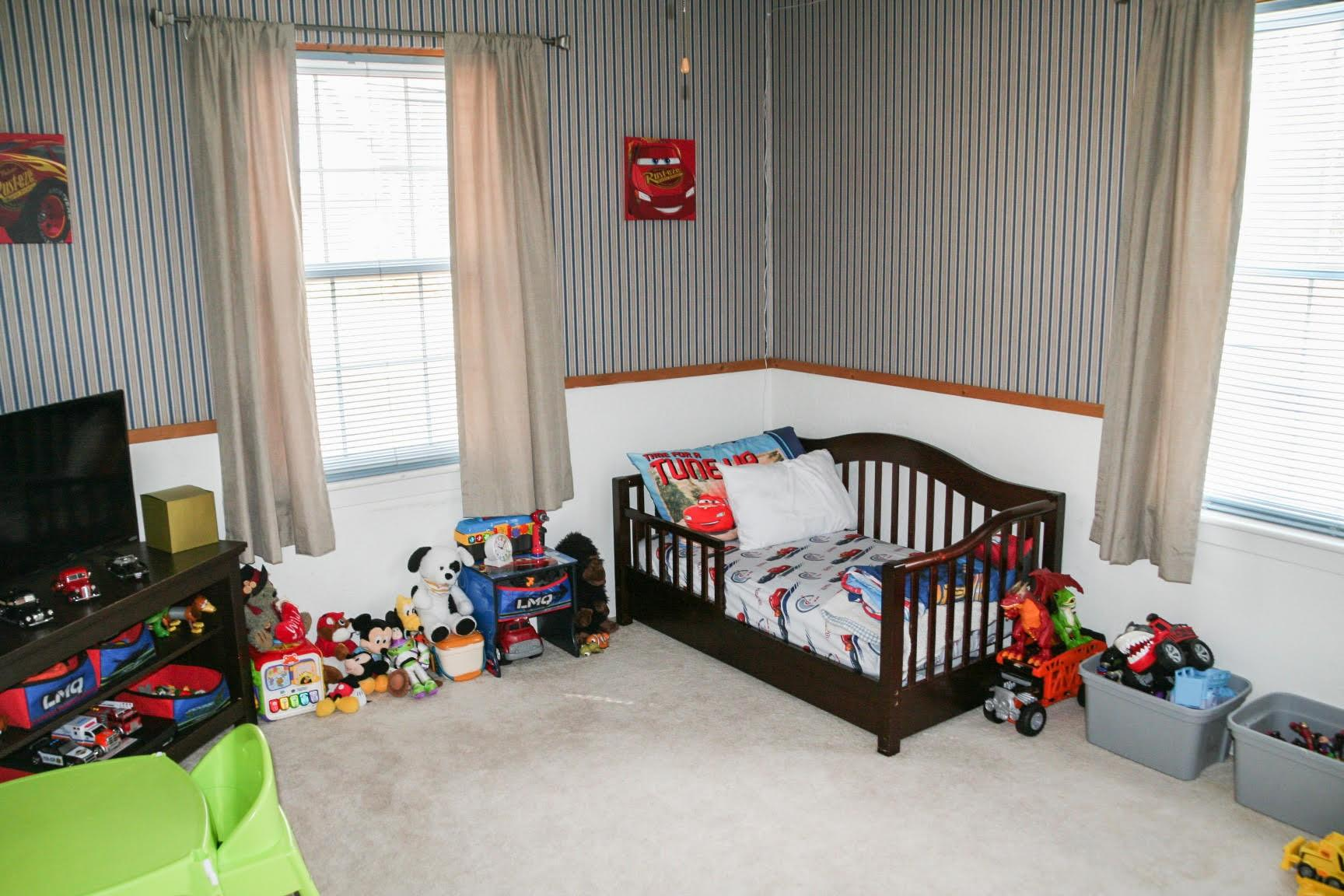 10256 Flynn Road Property Photo