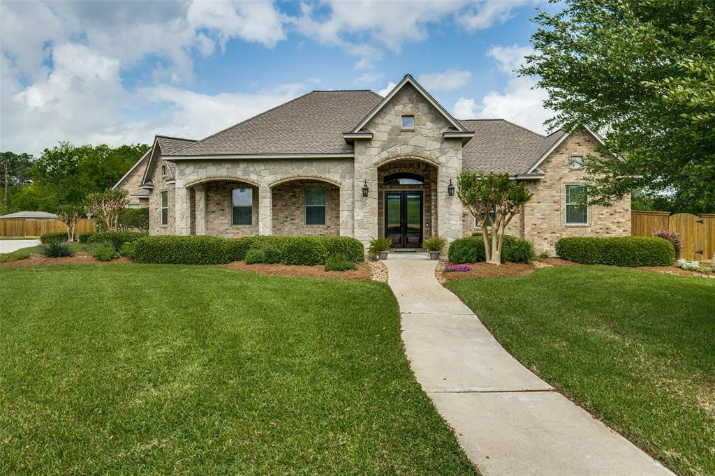 13 Harvest Way Property Photo - Angleton, TX real estate listing