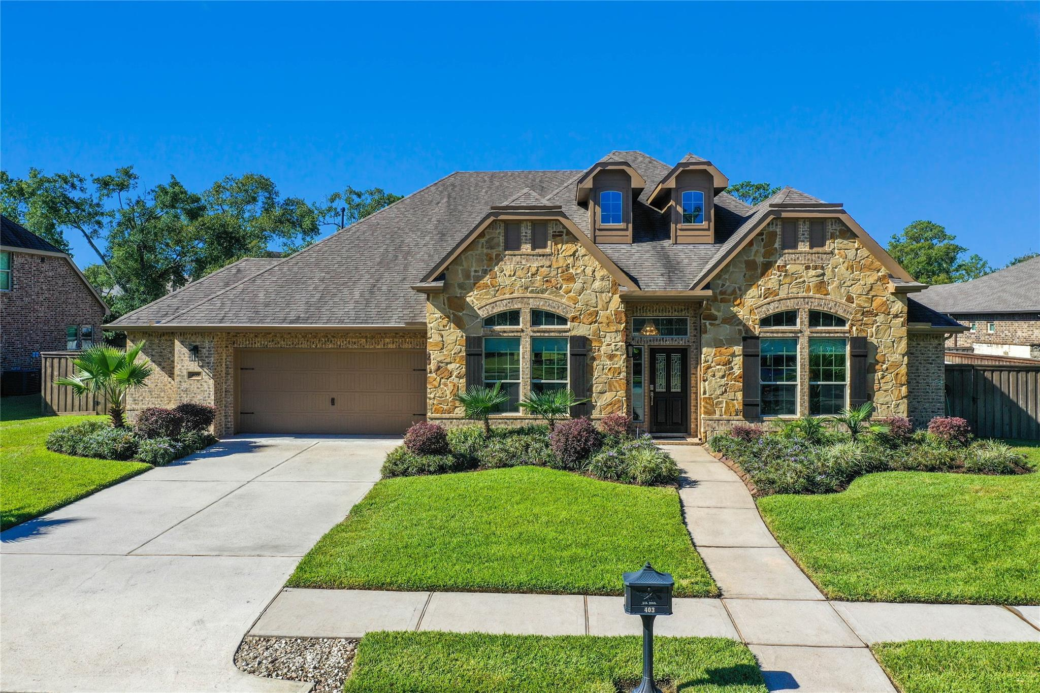 403 Old Orchard Way Property Photo - Dickinson, TX real estate listing