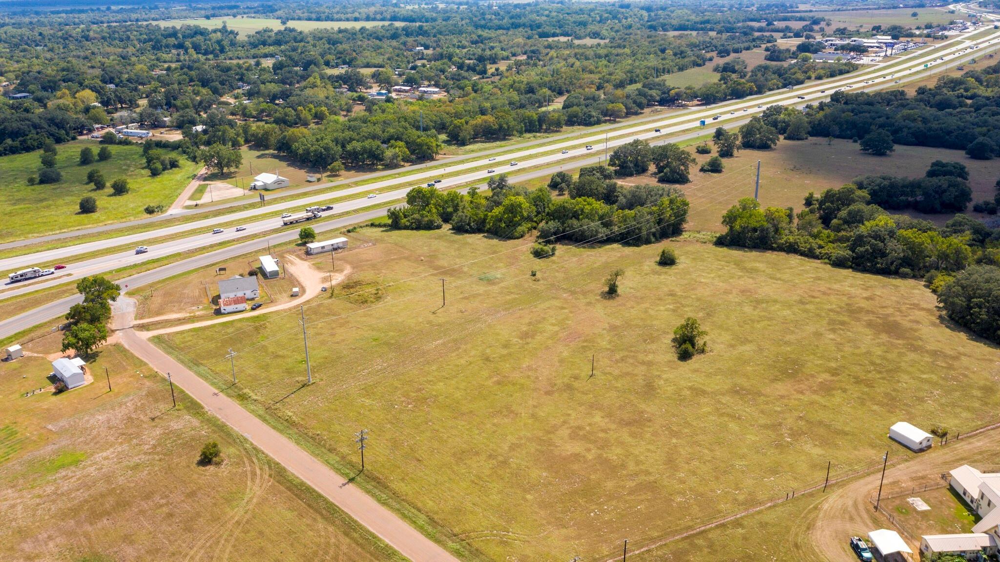 1524 Alleyton Road Property Photo - Columbus, TX real estate listing