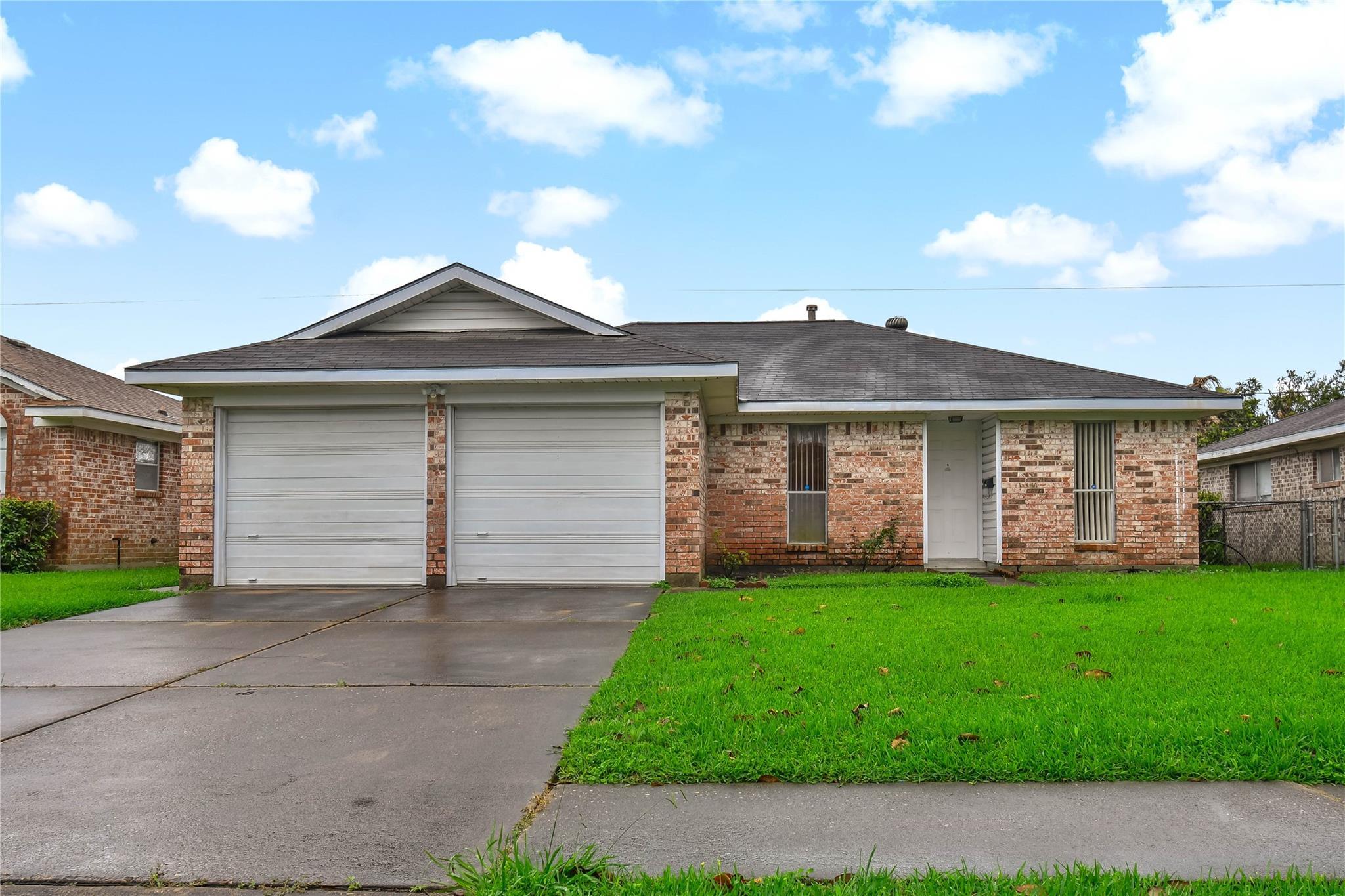Almeda Manor Real Estate Listings Main Image