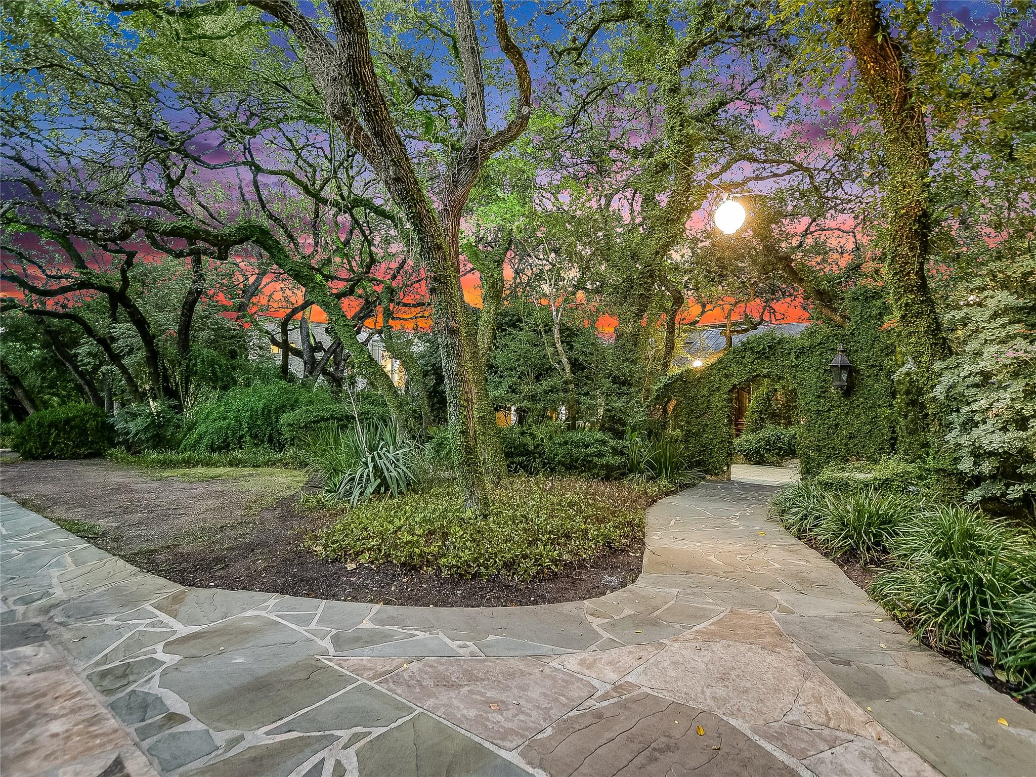 2705 Berenson Lane Property Photo - Austin, TX real estate listing