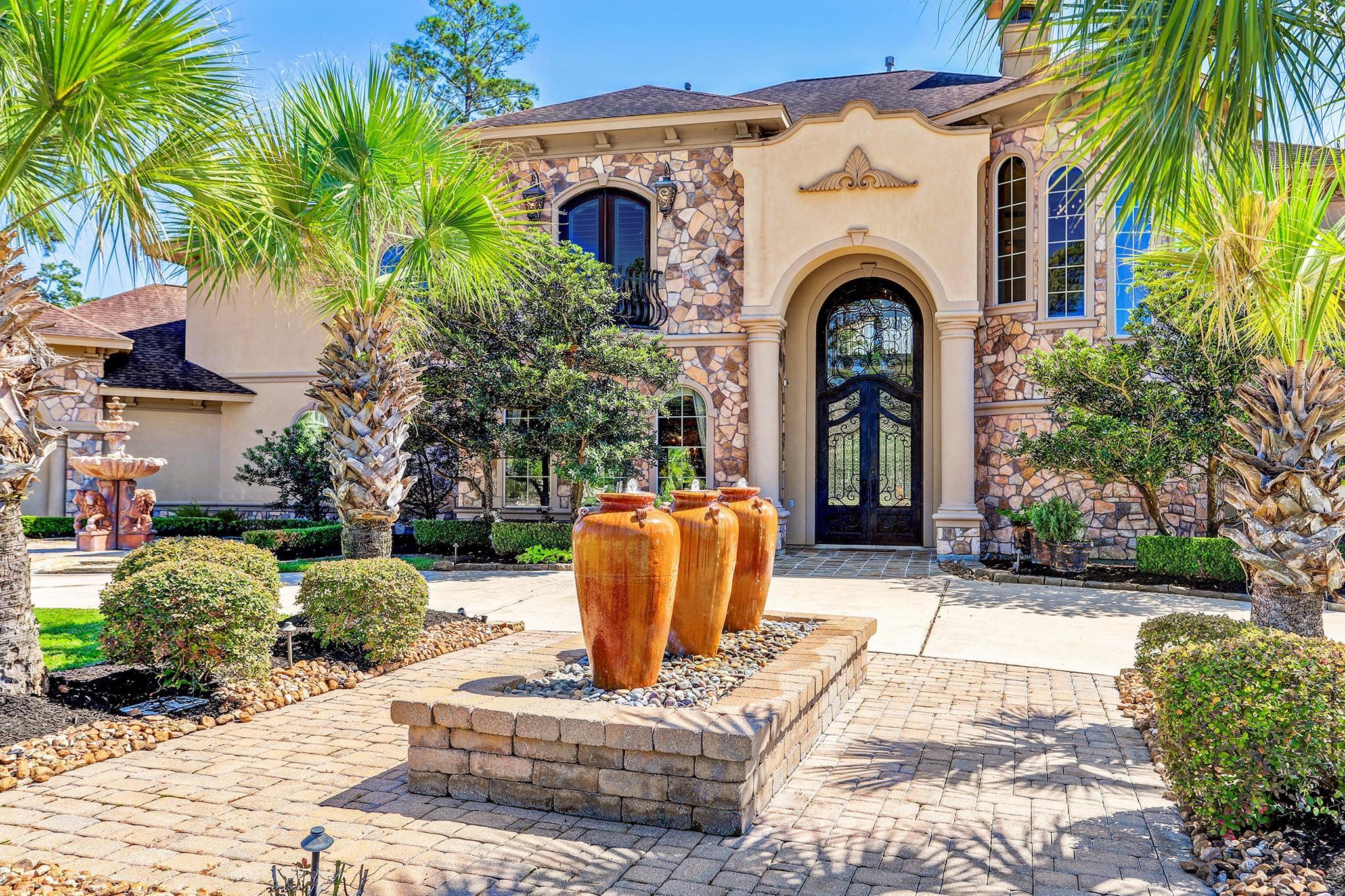 23 Oak Cove Lane Property Photo - Kingwood, TX real estate listing