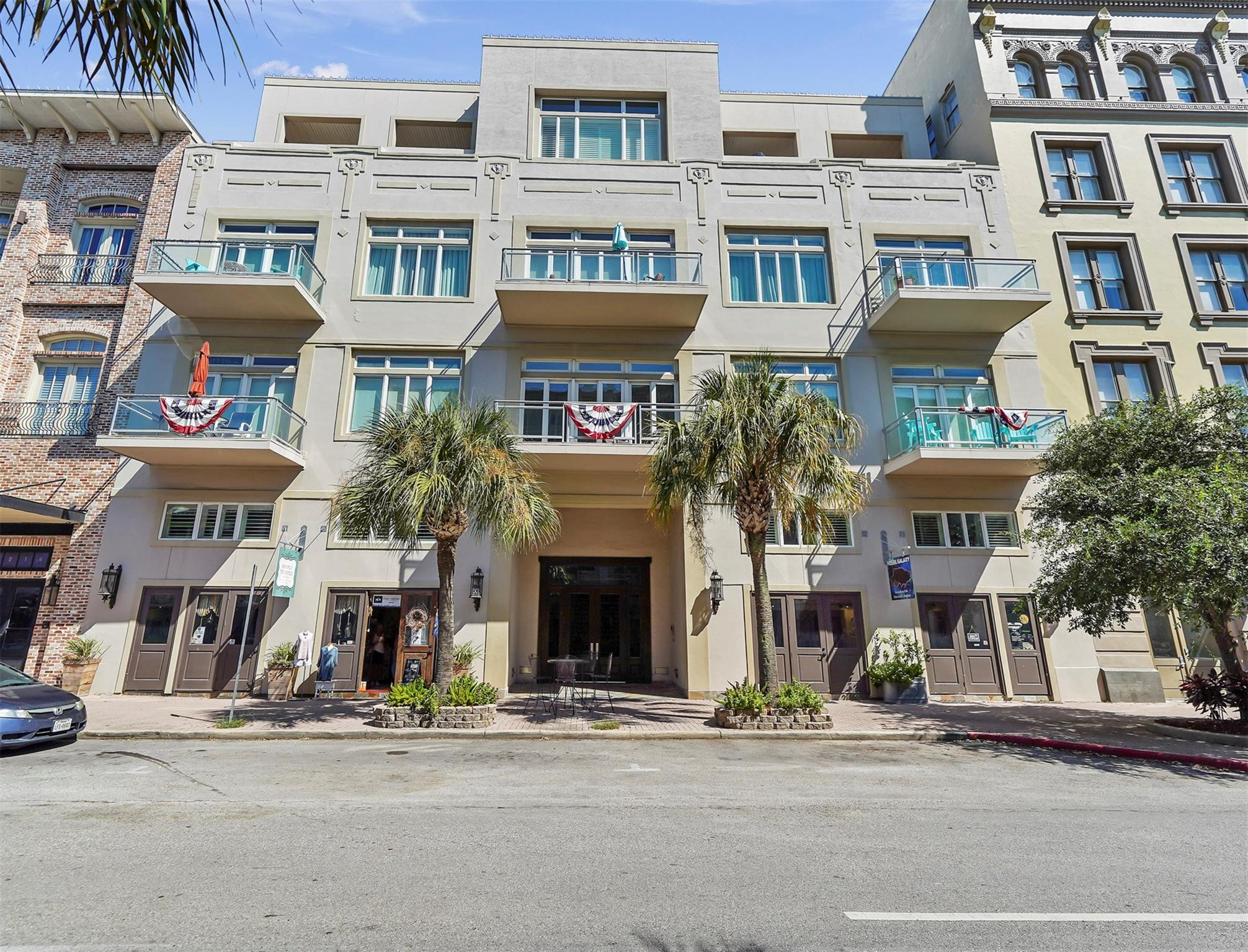2208 Post Office Street #304 Property Photo - Galveston, TX real estate listing