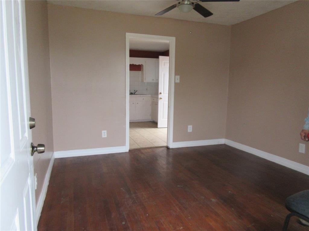 3907 Coyle Street #6 Property Photo