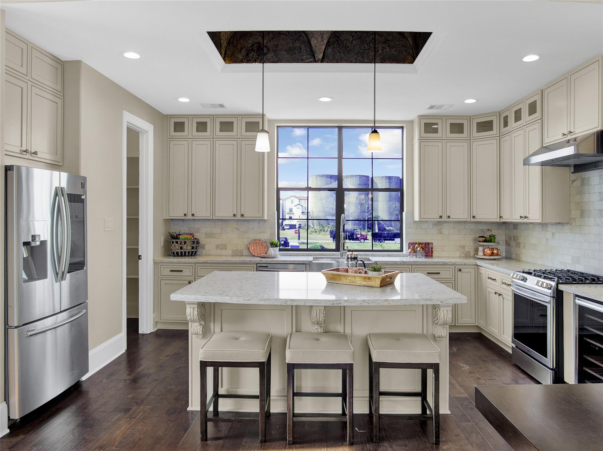 2751 Freund Street Property Photo - Houston, TX real estate listing
