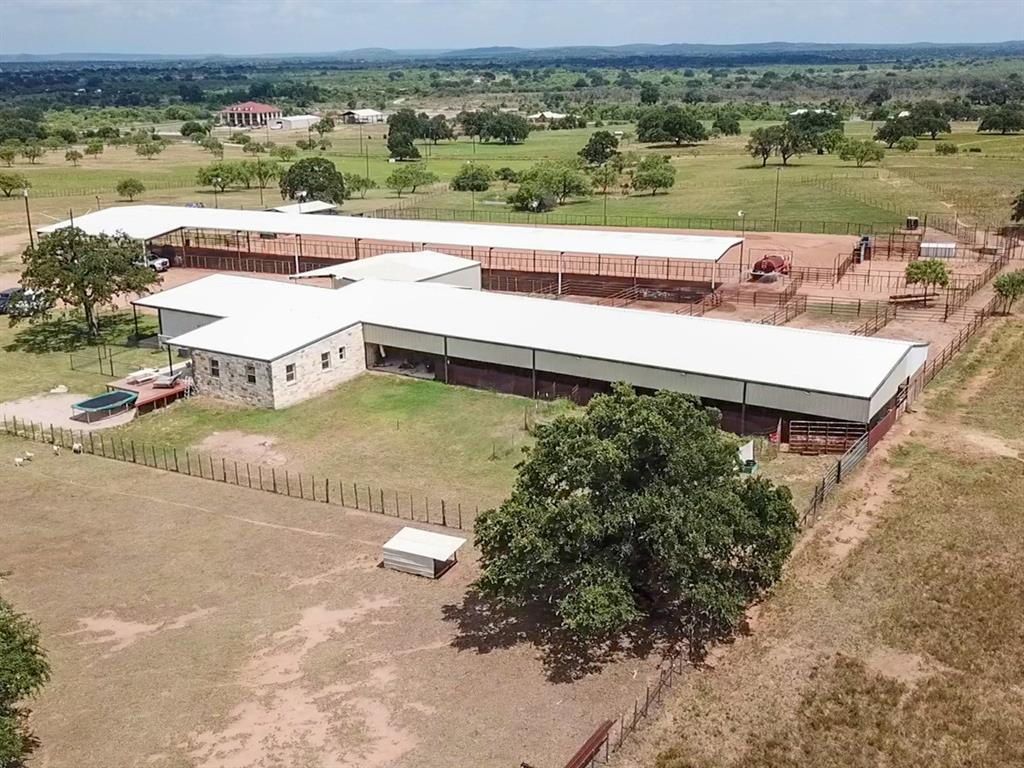 1642 SW 1642 County Road 102 Property Photo - Llano, TX real estate listing