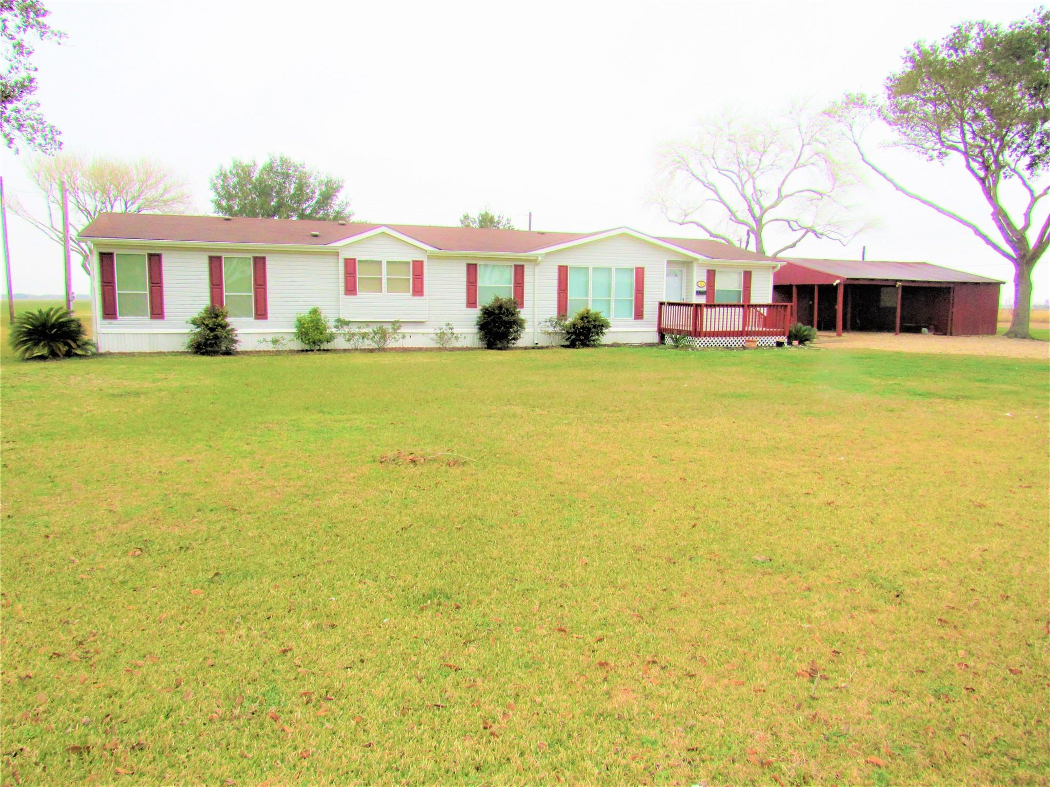 1465 Ward Street Property Photo - Louise, TX real estate listing
