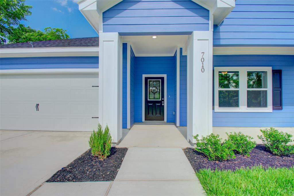 7010 Smilax Property Photo - Houston, TX real estate listing