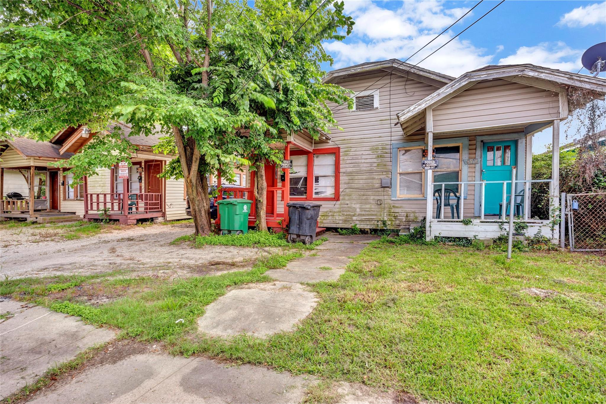 6918 & 6920 Avenue O Property Photo