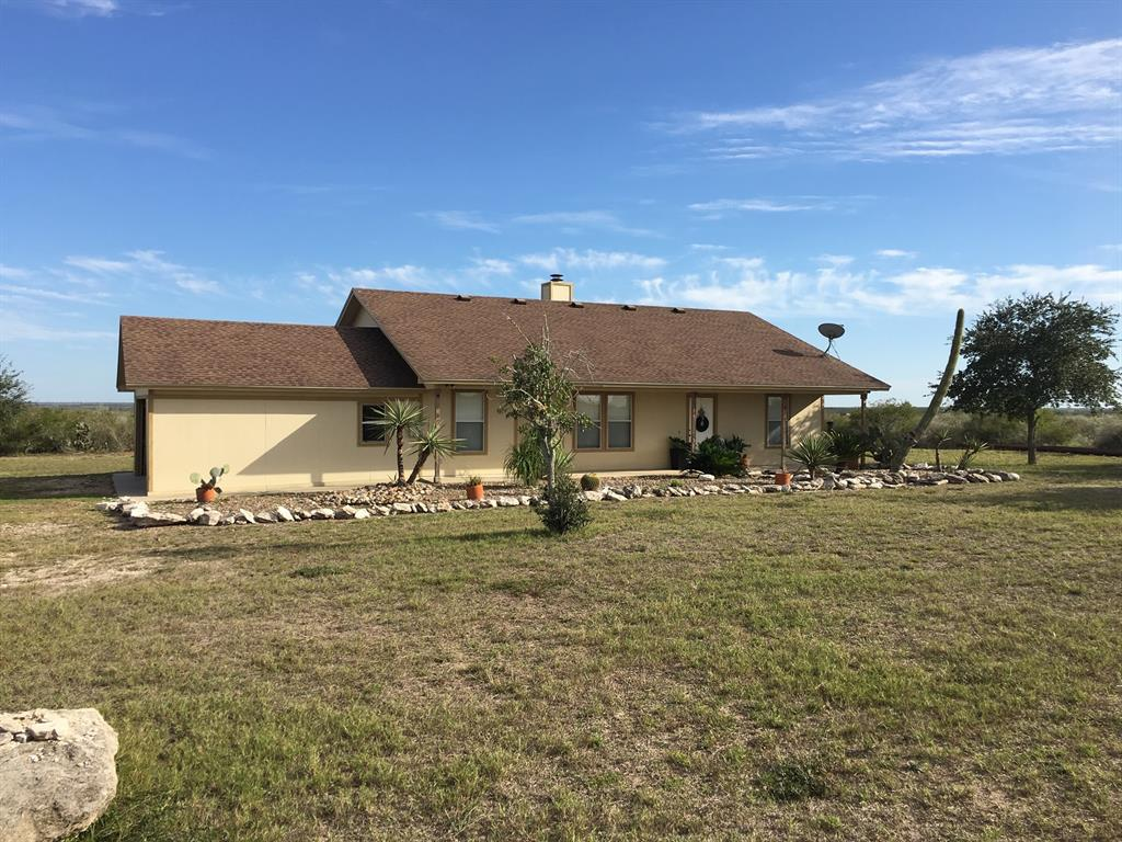 105 Fm 3469 Property Photo - George West, TX real estate listing