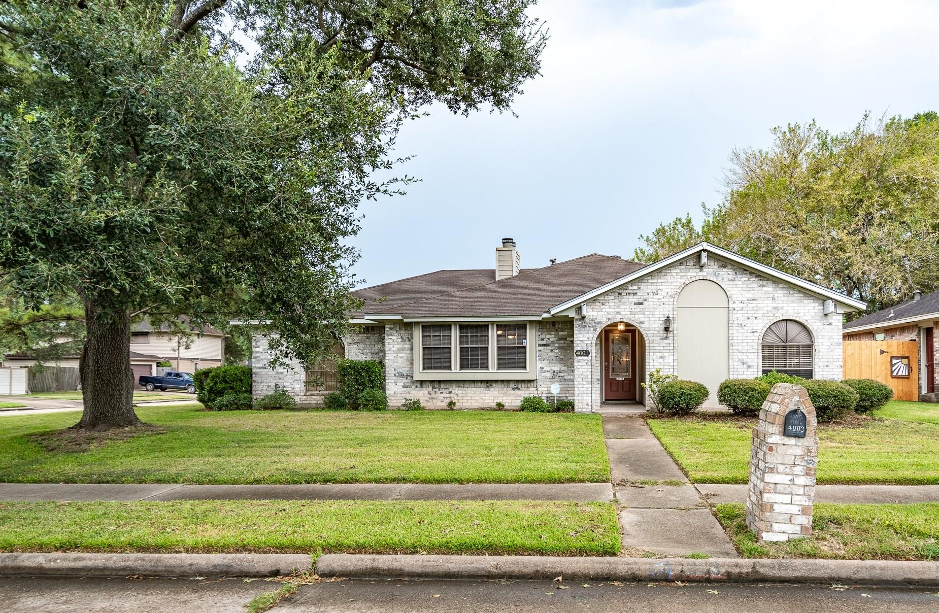 4003 Willowind Drive Property Photo - Pasadena, TX real estate listing